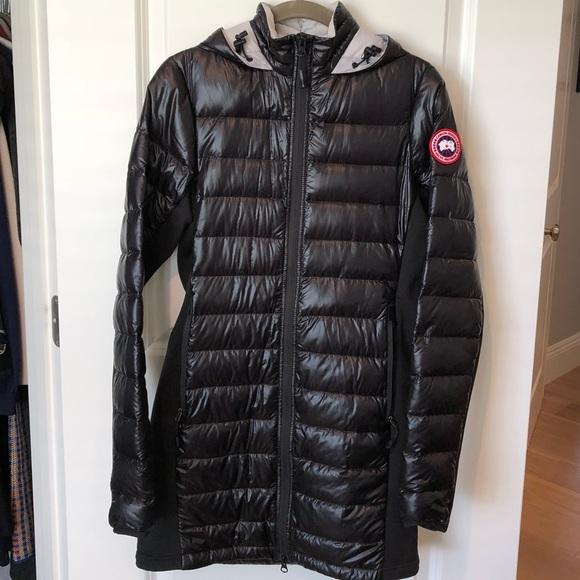Canada Goose Hybridge Lite Puffer Jacket in Black